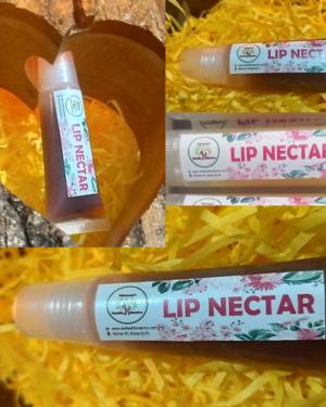 lip Nector, Triaanyas health Mantra, Purnima bahuguna, Top Organic product company in India, Handmade Product, Organic Shea butter, Bees wax, therapeutic grade oils