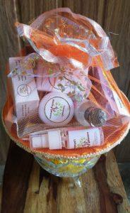 Gift idea, Organic products, Top Organic product company in India, Triaanyas Health Mantra, buy online, purnima bahuguna